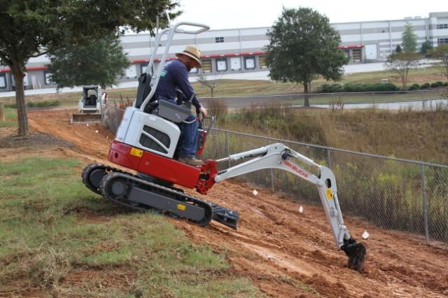 TB210R Working on Slope_JPG